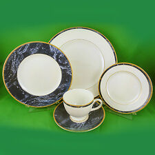 CANTATA Wedgwood 5 Piece Place Setting NEW NEVER USED Bone China made in England