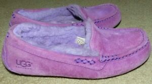 EUC Women's Size 7 UGG Ansley Purple Leather Suede Rubber Sole Loafer Mocs Shoes