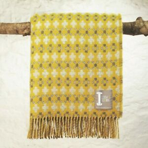 Loom & Bobbin UK Made Wool Blanket Welsh Tapestry / Fair Isle Design - Coltsfoot