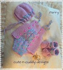 BABY / RINATO BAMBOLA Designer knitting pattern Romper tuta, CAPPELLO, bootees / Cardigan
