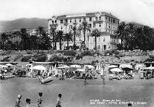 Sanremo, Imperia - Hotel Miramare e Spiaggia - Viaggiata 1963 - S082