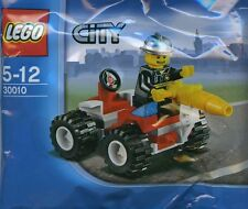 LEGO City #30010 - Pompier / Fire Chief - Collector 2010 - NEW / NEUF - Sealed