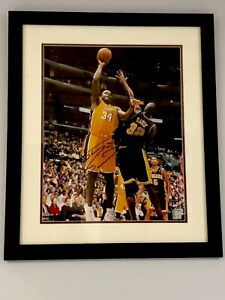 Shaquille O'Neal Signed And Framed 16x20 Photo