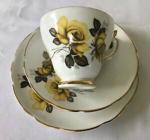 """COLLECTABLE - VINTAGE BONE CHINA CUP/SAUCER & PLATE TRIO """"DELPHINE"""" ENGLAND"""