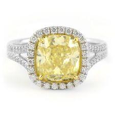 Cushion Platinum Engagement SI1 Fine Diamond Rings