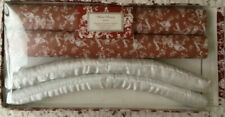 "Vintage Padded Hangers and Drawer Liners Set French Country, ""Winter Pleasures"""