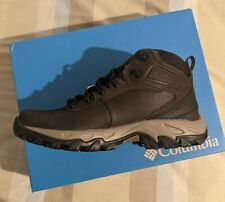 COLUMBIA MEN'S NEWTON RIDGE™ PLUS II WATERPROOF HIKING BOOT- GOOD FOR SNOW!!!