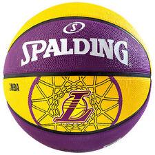 Équipements de basketball ballons jaunes Spalding
