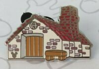 House of Bricks Three Little Pigs 2019 Hidden Mickey DLR Disney Pin 138871