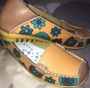 Socofy Floral Leather Casual Slip On Loafers Shoes Women's 38 / 7.5