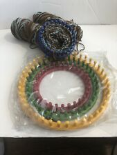 4 Knifty Knitter  Provo Craft 4 Rounds, Crochet hook, & Instructions w/ 2 Yarns