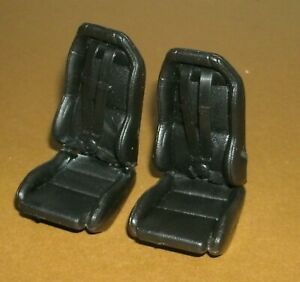Two 1/18 Scale Dodge Viper GTS Seats with 4-Point Seat Belt Harness Miniatures