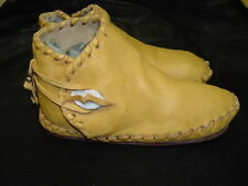 Buffalo Women's size 10 Moccasins Gold indian Leather Bison Hide Pueblo Style