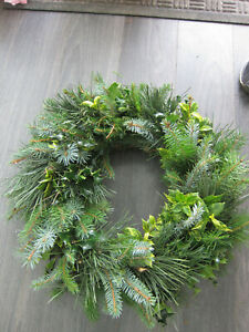 "Fresh Christmas Holly Ring Wreath Decoration 20"" Plain natural foliage"