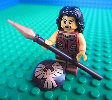 Lego Warrior Woman Spear Shield Minifig Minifigures CityFigure 71001 Series 10