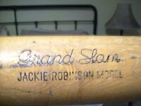 Hillerich-&-Bradsby-Co-No-150-JACKIE ROBINSON GRAND SLAM MODEL
