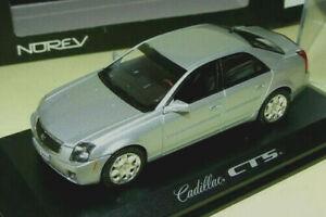 wonderful diecast-modelcar CADILLAS CTS-V  -  silver - scale 1/43
