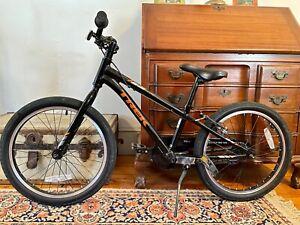 Trek Precaliber mountain bike 16