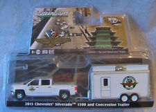 Greenlight * Hitch & Tow * 2015 Silverado & Indianapolis Speedway Concession * W
