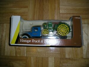 John Deere VINTAGE TRUCK & TRACTOR SET 1/32 SCALE NEVER OUT OF THE BOX