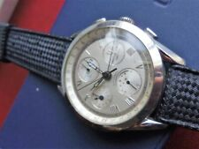 UNIVERSAL GENEVE  PHASE  DE  LUNE       Moon Watch  Chronograph