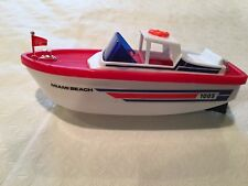 Waterline Battery Operated Cruiser By Lucky