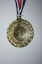 Médaille NUMÉRO 1 Métal doré avec ruban diamètre 70 mm poids 60 gr