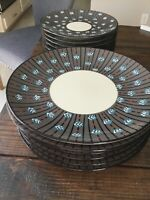 Potters Workshop West Elm Taupe, Black, Rust, Blue Arrows Dinnerware EUC Set 14
