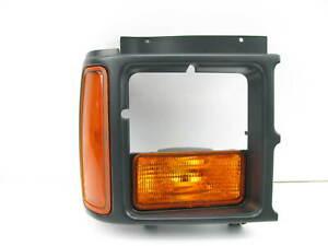 NEW Front Right Turn Signal Parking Lamp Lens & Housing 1987-1990 Dodge Dakota