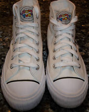 LADIES VINTAGE 1980'S   LOONEY TUNE HIGH WHITE SNEAKERS SIZE 5.5 COLLECTORS ITEM