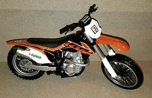 7-Eleven KTM 450 SX-F Dirt Racing Bike 1:10 Scale Motorcycle New Ray Renthal