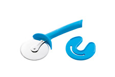 NEW Scanpan Spectrum Soft Touch Pizza Cutter with Sheath 18665 COLOUR- BLUE