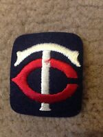 "1970 VINTAGE MINNESOTA TWINS IRON ON PATCH 2"" X 2"" OLD STORE STOCK"