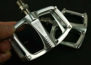 XPEDO C260 TI TITANIUM AXLE PEDALS CITY BIKE ROAD FIXED GEAR 193g ONE PAIR