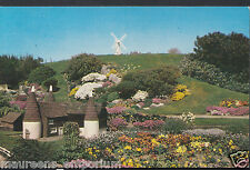 Hampshire Postcard - The Oasthouses, Lumps Fort, Southsea Model Village  RT102