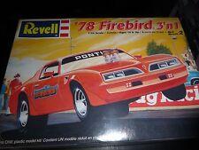 REVELL 1978 PONTIAC FIREBIRD 2N1 1/24 Model Car Mountain KIT FS