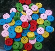 20 Misti Bottoni Tondo in Legno Colorato-Rosso, verde, blu, giallo, rosa 15mm