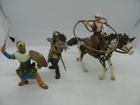 Lot de 3 figurines SCHLEICH 2 Chevaliers et 1 cow boys à cheval