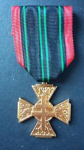 Croix du Combattant Volontaire de la Résistance.