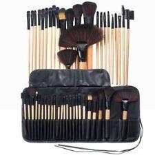 Productos de maquillaje marrones sin marca