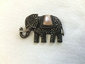 Sterling Silver Elephant Brooch Marcasite Garnet Pink Mother Of Pearl Shell