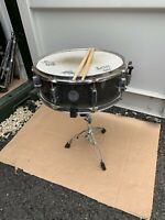 """Free P&P. A Mapex  14x5"""" Snare Drum w Stand. Silver Sparkle Finish. SD007237"""