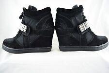 Steve Madden Hamlit, Black size 5.5, Womens Wedge Sneaker with Stud Detail