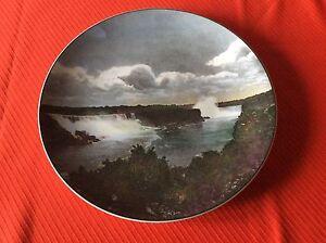"Royal Doulton Plate Niagara Falls, 10.5"""
