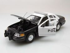 WELLY 1:24 AUTO FORD CROWN VICTORIA POLICE POLIZIA   ART. 22082  22082PT