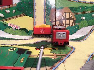 thomas the tank engine trackmaster trains Glynn