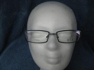 NEU! Brillenfassung O&X T-Titanium  Farbe col. 84  darkblue Größen 52 - 18 - 142