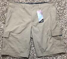 NWT Mens Mountain HardWear Castil Cargo Short Khaki Size 38/48