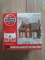 EUROPEAN COUNTRY COTTAGE RUIN 1/76 (Airfix AX75004)