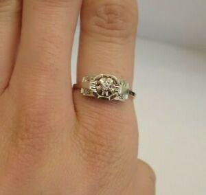 Bague Ancienne Carrée en Or Blanc 18k Diamants